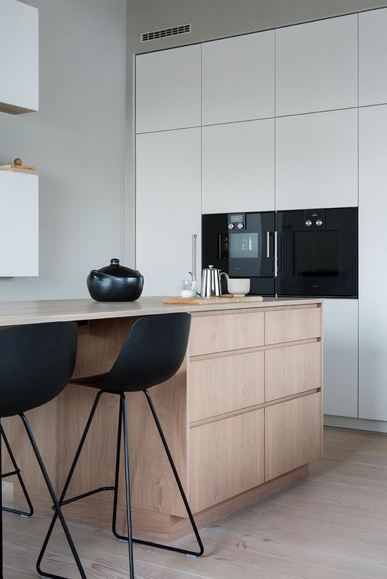 We do things a certain way, not to impress of differentiate, but because that is what is required to achieve perfection. #Gaggenau #HomeInspiration #KitchenInspiration