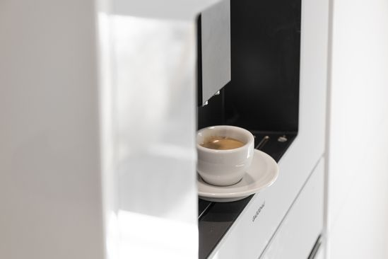 Quality coffee is an integral part of our culture. Our fully automatic espresso machine offers interchangeable bean containers allowing you to switch between your ideal roasts or different tastes.