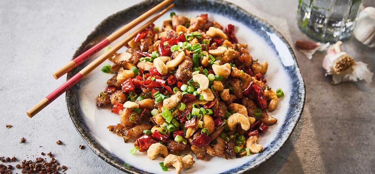 Chongqing Chili Huhn mit Salzkaramell-Cashews