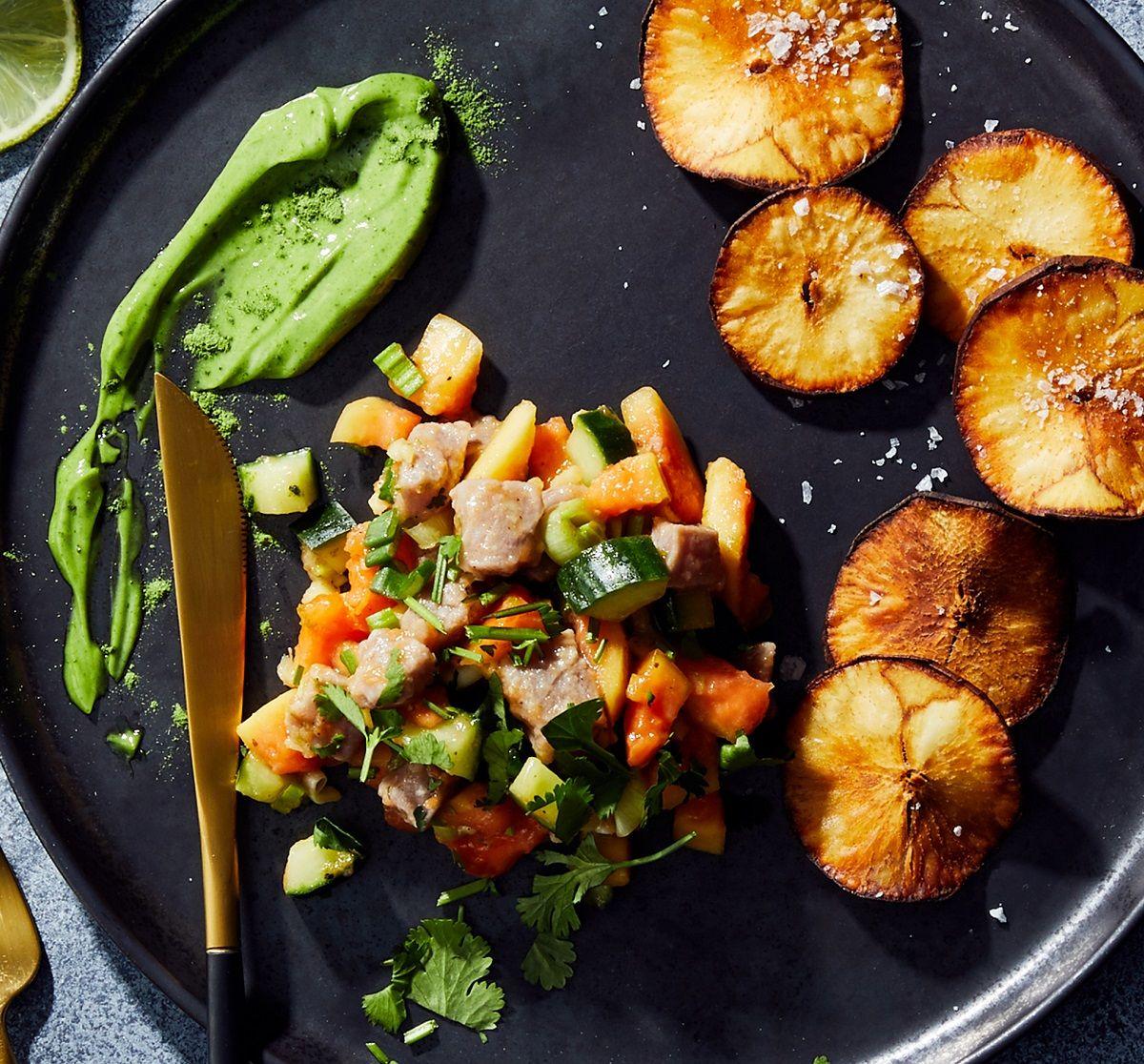 Thunfisch Ceviche mit Papaya und Yucca