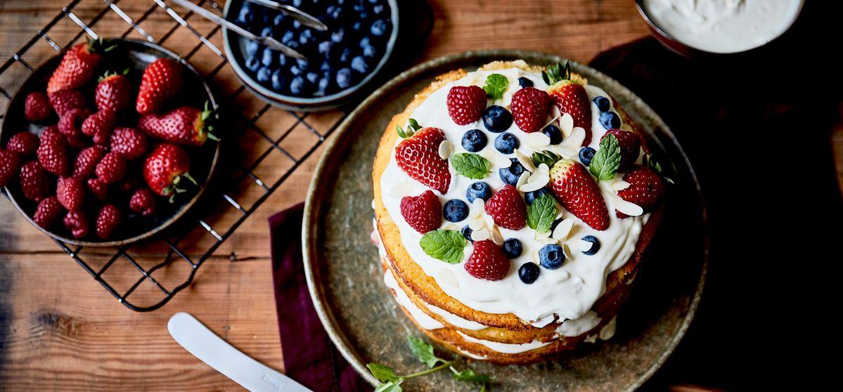 Mandel-Beeren-Kuchen
